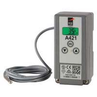 Watertight Electronic Temperature Control with Single Power Cord and Piggyback Plug