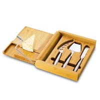Soiree Bamboo Cutting Board & Cheese Set